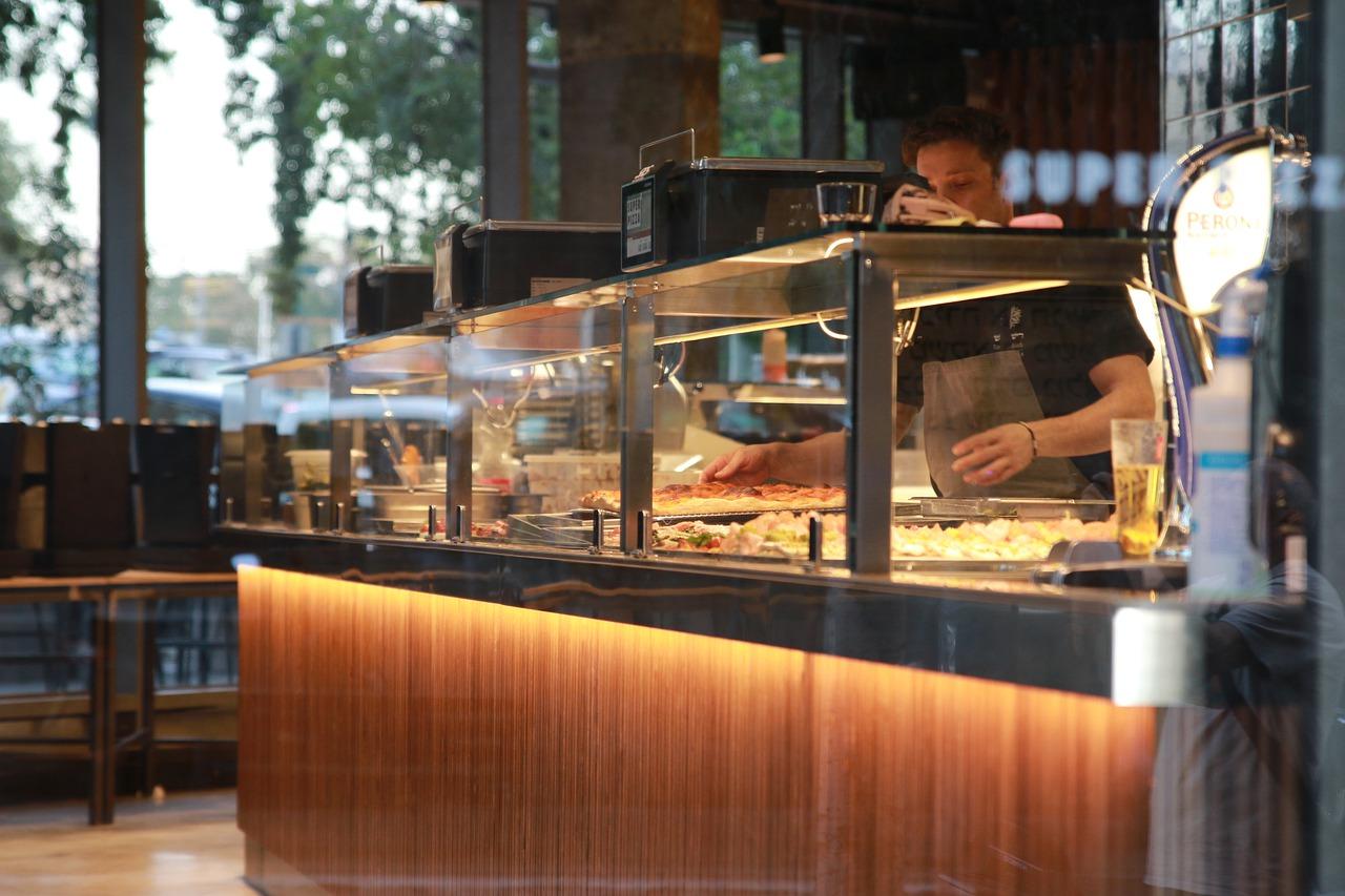 Webová stránka snovou sekciou gastronádoby Bratislava!